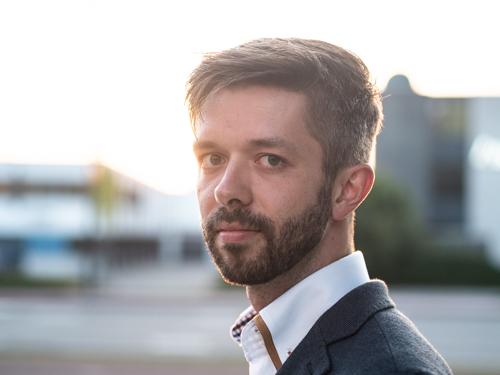 Hi. I'm Björn Postema.